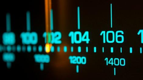 radio-dial_00273392